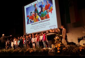 Auszeichnung der Preisträgerinnen und Preisträger des NRW-Schülerwettbewerbs Begegnung mit Osteuropa