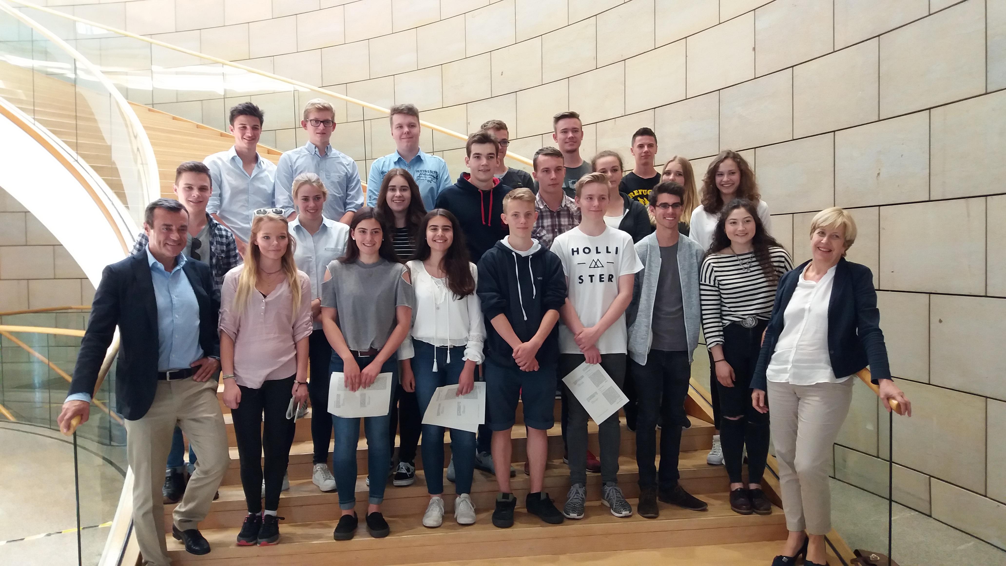 Landtagsbesuch des Ratinger Jugendrates