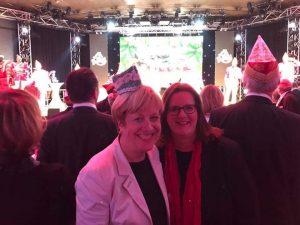 Elisabeth Müller-Witt MdL und Kerstin Griese MdB bei der Prinzenkürung