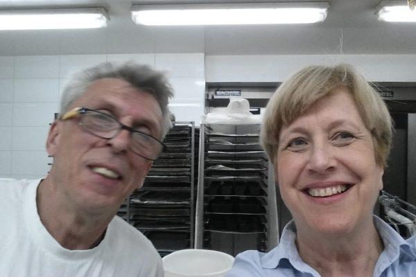 Bäckermeister Frik und Elisabeth Müller-Witt nachdem die Arbeit erledigt ist