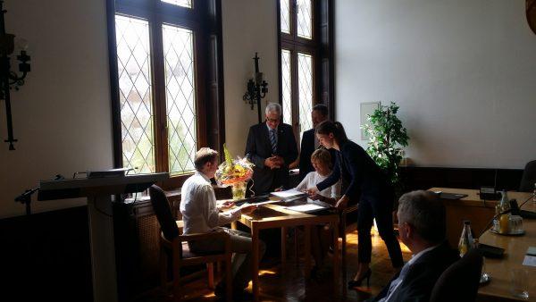 Unterzeichnung der Kooperationsvereinbarung zwischen der Heiligenhauser Gesamtschule und dem Klinikum Niederberg